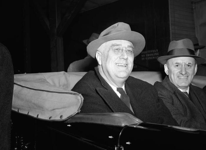 President Franklin D. Roosevelt and Treasury Secretary Henry Morgenthau Jr. made an election eve appearance in Kingston, N.Y., Nov. 4, 1940. Photo: GEORGE R. SKADDING/ASSOCIATED PRESS